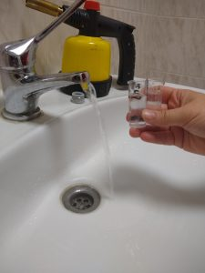 pobór próbek wody